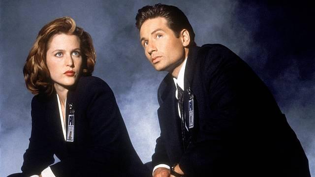 Agenti Fox Mulder a Dana Scully byli proslulími mediálními krotiteli duchů a záhadology na paranormální jevy