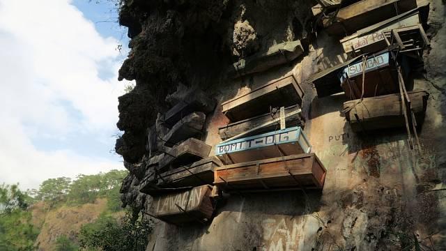 Bizarní skalní hřbitov Sagada