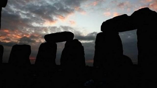 Známe původ kamenů ve Stonehenge, jásají britští vědci