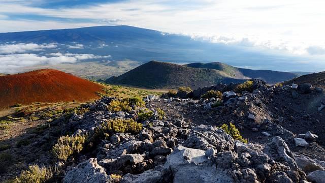 Nádherné výhledy do údolí Mauna Loe