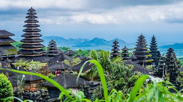 Pura Besakih je komplex 23 chrámů