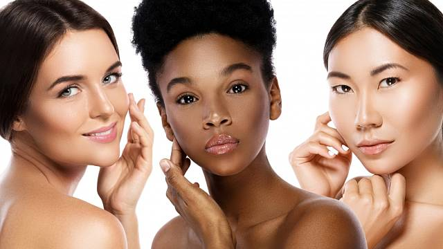 Multi-etnická krása nebo mezirasové přátelství? Které ženy jsou nejkrásnější na světě - kavkazské, africké, asijské?