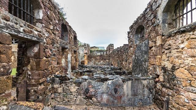 Trestní kolonie Cayenne (Ďáblův ostrov) byla otevřena v roce 1852 a fungovala jen něco málo přes 100 let