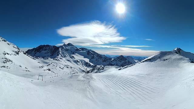 Panorama ledovce Stubai, Rakousko
