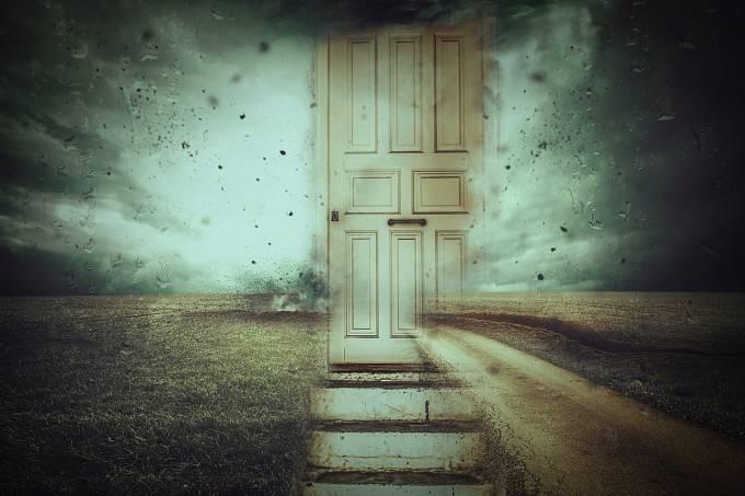 Mnoho lidí zažilo záhadné selhání krátkodobé paměti poté, co vešli do nějaké místnosti.