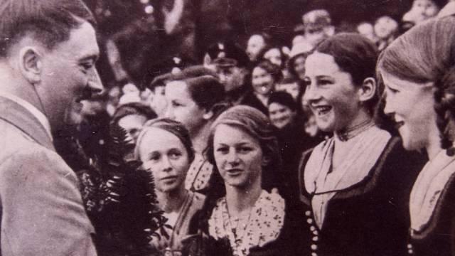Hitler si pro své milostné románky vybíral výrazně mladší ženy.