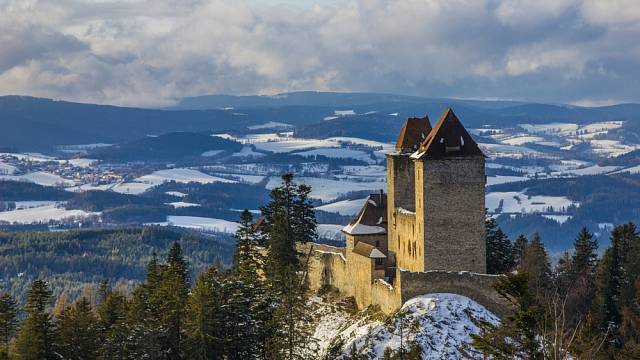 Na hradě Kašperk se konají prohlídky i v zimě