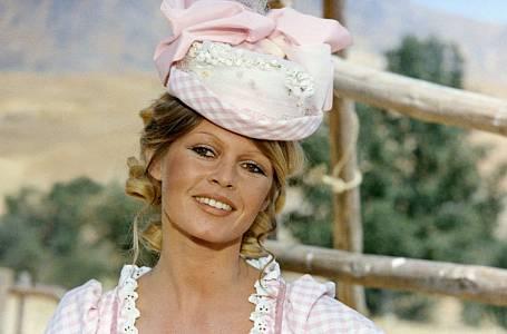 Brigitte Bardot stihla, za svou krátkou kariéru herečky, natočit celkem 42 filmů