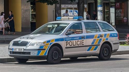 YouTuber Mike Pán záměrně páchal nejrůznější přestupky a při jejich řešení se pak vysmíval policistům.