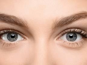 Lidé s modrýma očima prý trpí častěji na alergie.