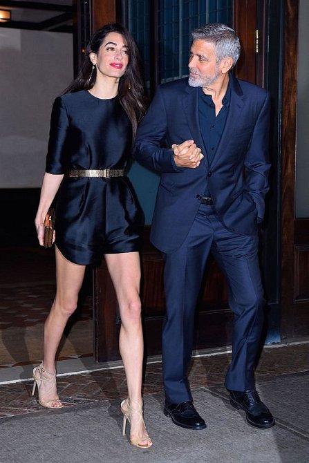 Amal Clooney má postavu modelky.