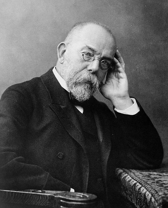 Robert Koch proslulý německý lékař a mikrobiolog, zakladatel bakteriologie a nositel Nobelovy ceny za fyziologii a lékařství (1905), objevil původce tuberkulózy a potvrdil také původce cholery.