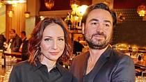 Hereččiným manželem je od roku 2013 režisér Biser Arichtev.