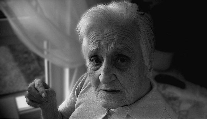 Žít v domově důchodců není pro každého jednoduché