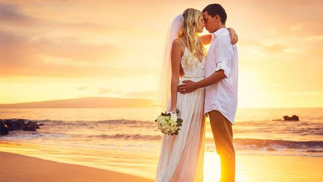 Jaká jsou ta nejkrásnější místa pro svatební obřad a hostinu v zahraničí?