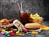 Průmyslově zpracované potraviny mozku nesvědčí.