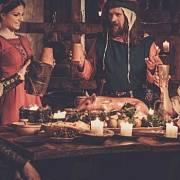 Hostiny ve středověku