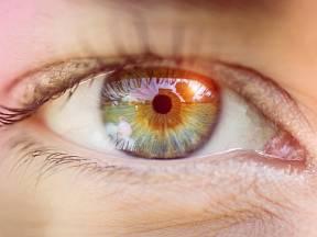 Můžeme ovlivnit barvu očí stravou?