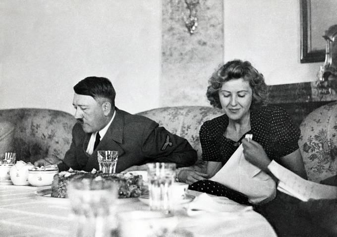 Žertíky Hitler vymýšlel i na adresu Evy Braunové.