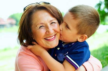 Syn by chtěl raději bydlet u babičky.