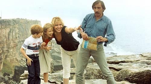 Chobotnice z II. patra je film o dospělácké žárlivosti a dětské radosti