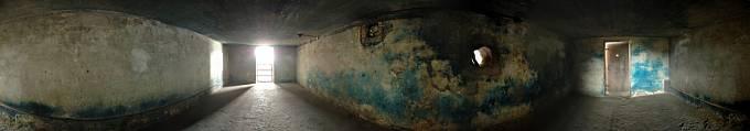 Koncentrační tábor Majdanek. Plynová komora.
