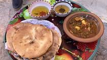 TUNISKÁ kuchyně je ovlivněná středomořskou. Je lehká a chutná.