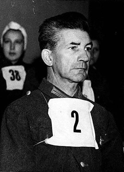 Německý nacistický lékař Fritz Klein u soudu v roce 1945.