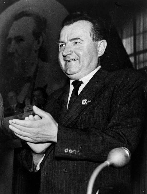 Na Stalinův pokyn Gottwald nechal popravit i své kamarády.
