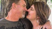 Tracy Peart přišla o manžela.