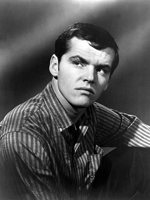 Narodil se roku 1937 v New Jersey. Od puberty chtěl být hercem.