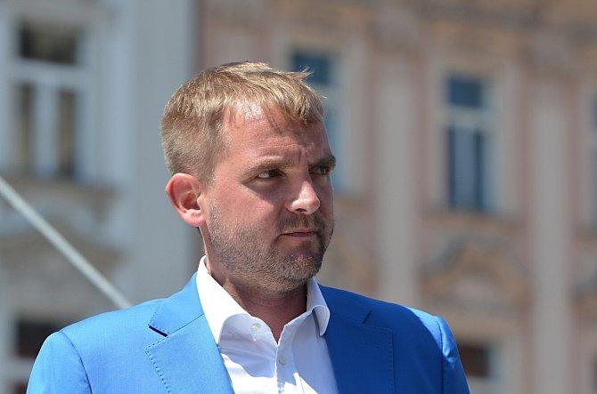Na rozdíl od jiných celebrit se Libor Bouček svými pocity netají.