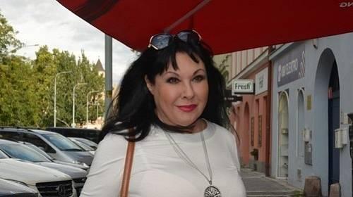 """Dáda Patrasová chtěla aby její kolega """"vrah"""" přitlačil"""