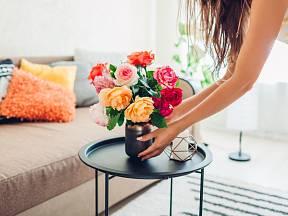 Také květiny ve váze potřebují určitou péči.