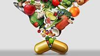 Doplňky stravy se mohou s alkoholem kombinovat.