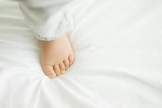 Za znak krásy se považovalo co nejmenší chodidlo, takže dívkám se nohy odmala drasticky stahovaly, aby tolik nerostly.