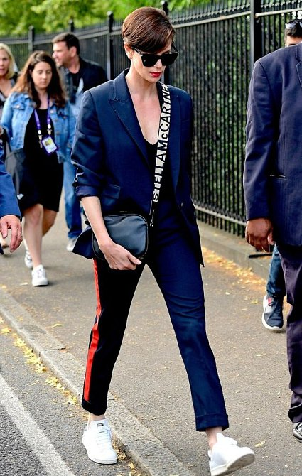S novým sestřihem se z Charlize stala módní ikona.