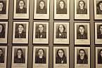 Fotografie žen, které zahynuly v Osvětimi
