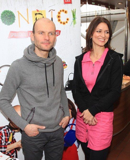 Adéla Gondíková s bratrem Daliborem