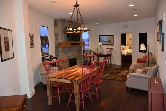 Bunkr nabízí pohodové a moderní bydlení.