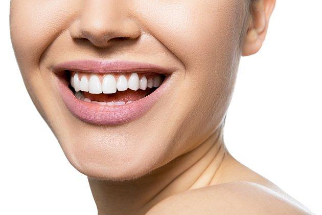 Péče o zuby a ústní dutinu je mimořádně důležitá.