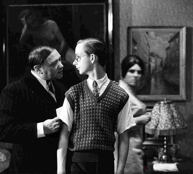 Režisér Juraj Herz si pochvaloval, že při natáčení měl absolutní volnost