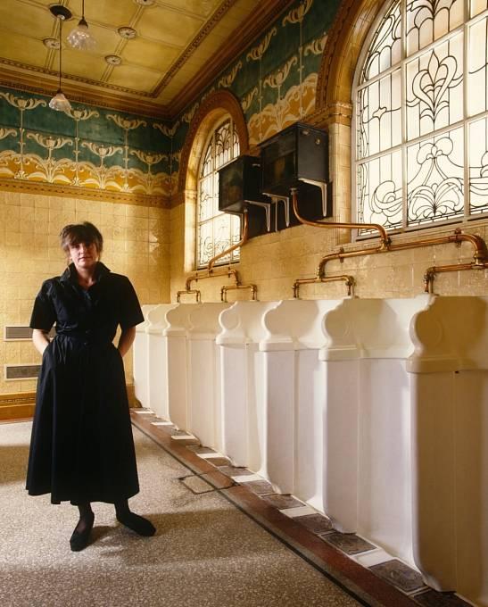Veřejné toalety jsou záležitostí nové doby.