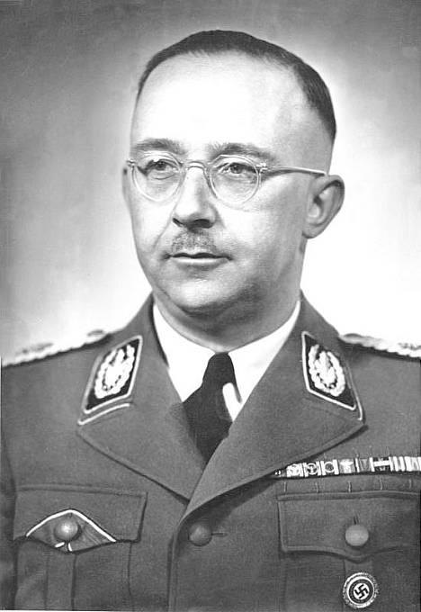 Heinrich Himmler – říšský vůdce SS a šéf gestapa.
