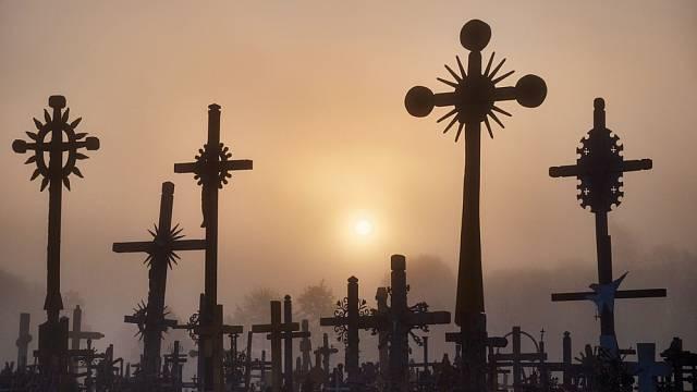 Na počátku 20. století zde bylo přibližně 100 křížů