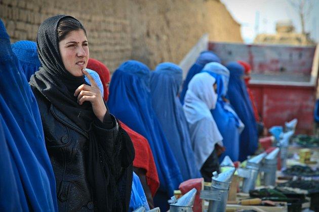 Afghánské ženy stále bojují sdědictvím Tálibánu.