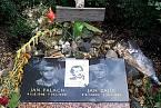 Pamětní deska Jana Palacha a Jana Zajice, Václavské náměstí