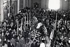 Pierina Morosini, pohřeb 9. dubna 1957 v kostele, kde chodila na mše