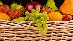 Ovoce obsahuje spoustu potřebných vitamínů a minerálů