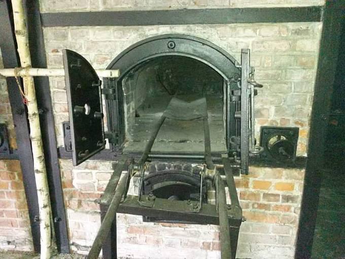 Kremační pec ve Stutthofu